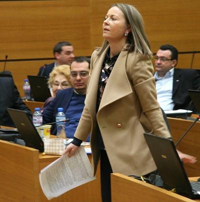 Като общински съветник Дани Каназирева не спираше да атакува управлението и да се изявява. СНИМКА: Евгени Цветков