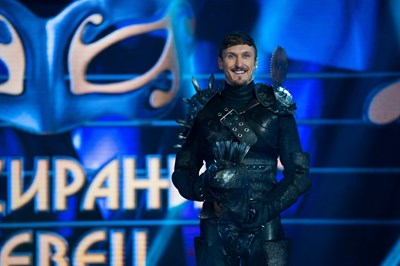 Димо Алексиев беше облякъл костюма на Рицаря в първия сезон на шоуто. СНИМКА: НОВА ТВ