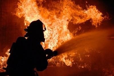 Огнеборци гасят пожар. СНИМКА: Pixabay