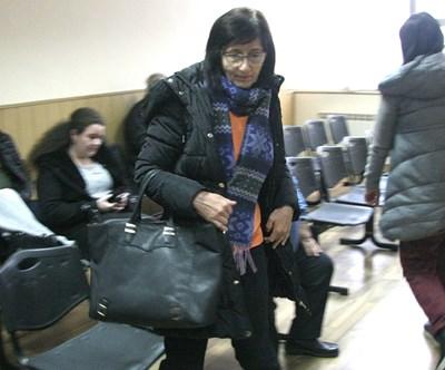 Д-р Славка Петкова в съда.  Снимка: 24 часа