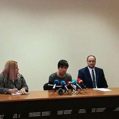 Съдебният служител разказа за побоя на брифинг в Софийския районен съд.. Снимка Авторът