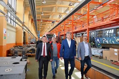 Алексиев: Няма да позволя по-скъпи билети за влак