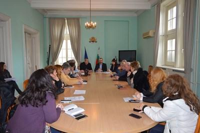 След заседание на Областния щаб в Бургас бе решено грипната епидемия да остане в сила до края на седмицата.