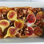 Печени смокини с орехи и мед