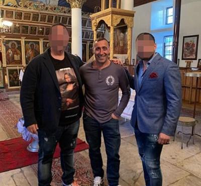 Жоро Шопа (в средата) вече е в България.