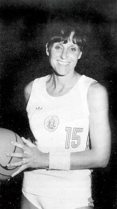 Великата баскетболистка Пенка Стоянова