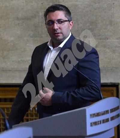 Нанков в деня на подаването на оставката в министерския съвет СНИМКА: 24 часа