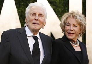Кърк и съпругата Ан Дъглас - 65 години щастливи заедно. Снимки: РОЙТЕРС