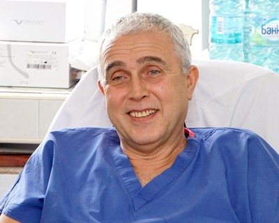 Проф. Никола Владов - лекарят с кауза да популяризира донорството