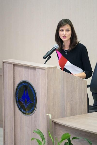 Мария Габриел СНИМКИ: пресцентърът на Европейската комисия