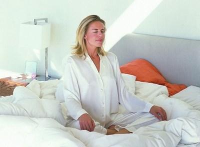 Който не си доспива, е 4 пъти по-лесна цел на вируси
