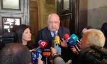 """Премиерът не прие акциите на """"Левски"""", изпрати Кралев да ги откаже (Обновена)"""