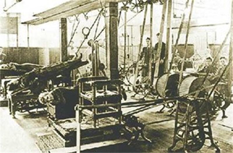Машината за клизми с айрян в действие