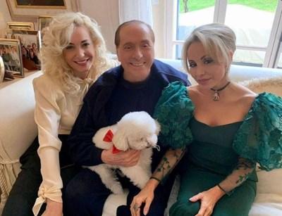 Берлускони със сегашната си спътница в живота Марта Фашина (вляво) и с голямата си дъщеря Марина СНИМКА: ИНСТАГРАМ