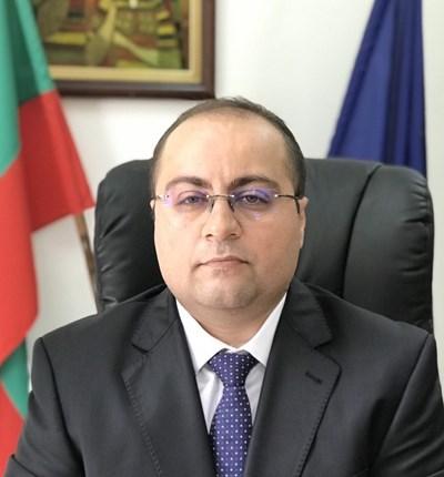 """Зам.-шеф във фонд """"Земеделие""""и още 5-има арестувани по делото срещу Миню Стайков за измама с евросубсидии за милиони (Обзор)"""