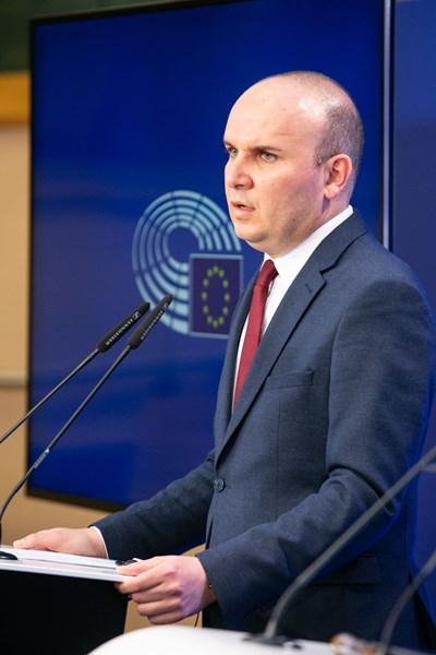 Докладчик на ЕП за Северна Македония е българският евродепутат Илхан Кючюк. СНИМКА: European Union, 2021
