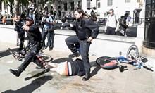 На поредните протести срещу расизма в Лондон излязоха и контрадемонстранти