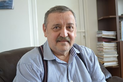 Проф. Кантарджиев: Ако ни уврат главите, наесен ще има малко болни, а догодина – изолирани случаи
