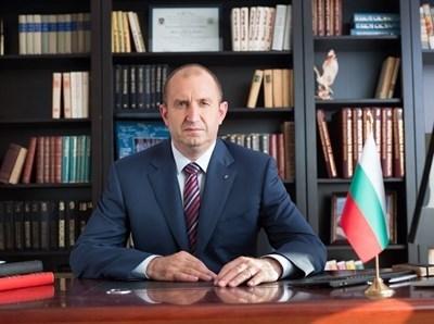 Започват консултациите на президента Румен Радев с парламентарно представените партии и коалиции за номиниране на членове на Централната избирателна комисия.