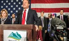 За първи път в САЩ избират гей за губернатор, две мюсюлманки влизат в Конгреса