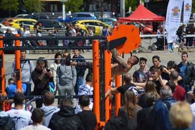 Брей шоу, стрийт фитнес и паркур в Ърбан зоната тази неделя Снимки: БОК