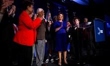 Демократите вземат най-малко 23 места от републиканците в надпреварата за Камарата на представителите