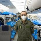 Сузане и колегите й се грижат за пациентите на борда. Снимка: Twitter/Team_Luftwaffe