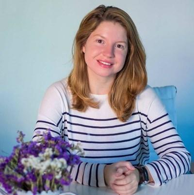 """27-годишната Гергана Янева, която създава фондация """"Тебешир"""""""