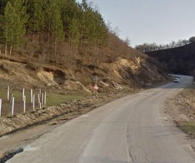Пътят Омуртаг - Търговище СНИМКА: Google Street View