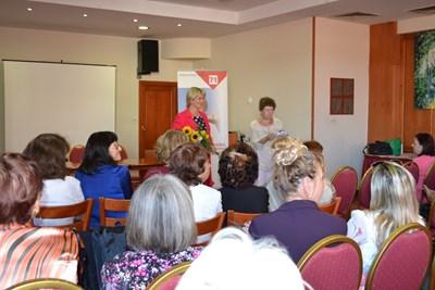 Весела Лечева дебатира с учители проблемите пред образованието в общината