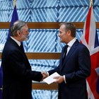 Тим Бароу (вляво) ще стане посланик на Обединеното кралство в евросъюза. Снимка  Ройтерс