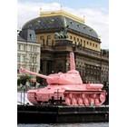 През 2011 г. Розовият танк временно се завърна в Прага за историческа годишнина.