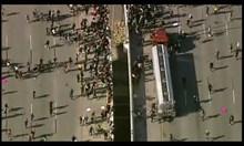 Камион се вряза в демонстранти на магистрала в САЩ (Видео)