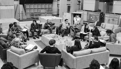Целият екип се е събрал заедно да чете сценария на Епизод VII през 2014 г.  СНИМКИ: РОЙТЕРС И АРХИВ