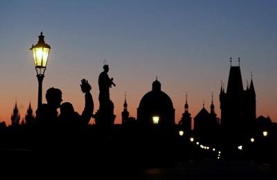 Парламентът на Чехия удължи днес до 30 април срока на извънредното положение СНИМКА: Ройтерс