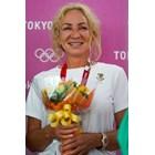 Мария Гроздева получи специален букет от Българския олимпийски комитет в деня на последното си състезание по време на седмото й участие на олимпийски игри. СНИМКА: ЛЮБОМИР АСЕНОВ, LAP.BG