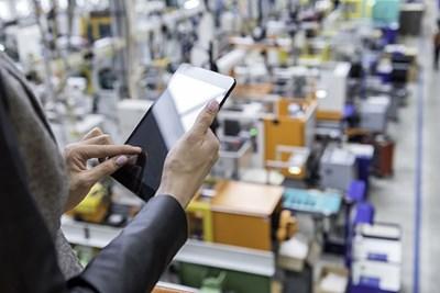 Платформите за електронна търговия доближават световните марки до китайските клиенти