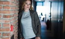 """Силвия Петкова снима видео за кастинга за  """"Пътят на честта"""" тайно от мъжа си"""