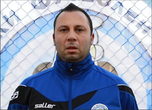 41-годишният треньор Иван Ранчев почина на място, след като бе покосен от гръмотевица.
