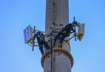 Синдзян е на път да изгради 5G базови станции