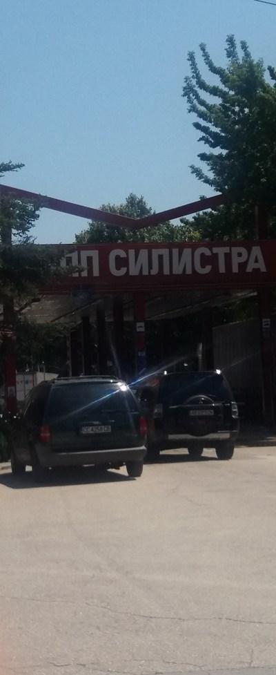 От утре започва дезинфекция на всички автомобили, които ще влизат в България през ГКПП Силистра-Кълъраш. Снимка Авторката