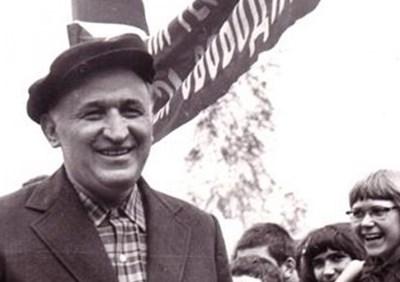 """Така изглежда Тодор Живков в началото на 60-те години, когато """"взема властта"""""""