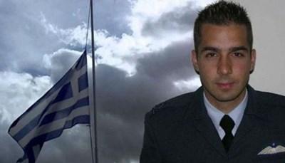 Тялото на загиналия гръцки пилот Георгиос Балтадорос бе открито преди няколко часа.