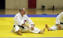Путин се контузи по време на тренировка по джудо (Видео, снимки)