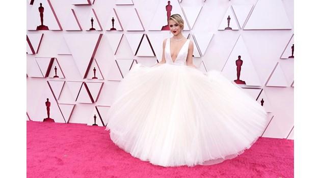 """Мария Бакалова не успя да грабне """"Оскар"""" заради корейка, но беше истинска принцеса"""