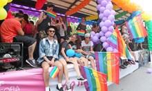 Защо всички против гей парада трябва да бъдат наричани подлоги, нацисти и фашисти?