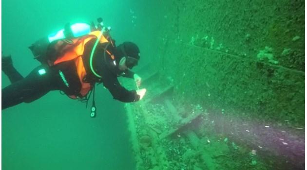 Инженер от потъналия кораб, от който изтече мазут, в Бермудска афера