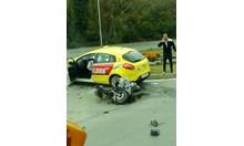 Такси помете мотопед във Варна