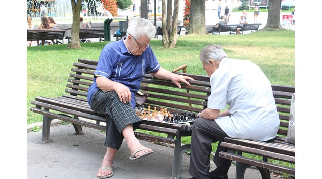 684 123 българи живеят с пенсия до 200 лева
