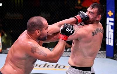 """Първо в """"24 часа"""": Багата получава нов договор за още 4 мача от UFC"""